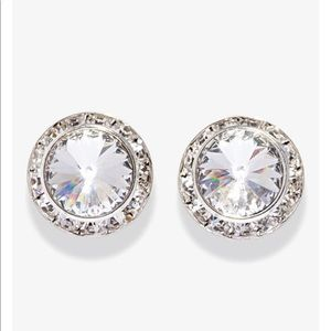 Swarovski earrings 💎
